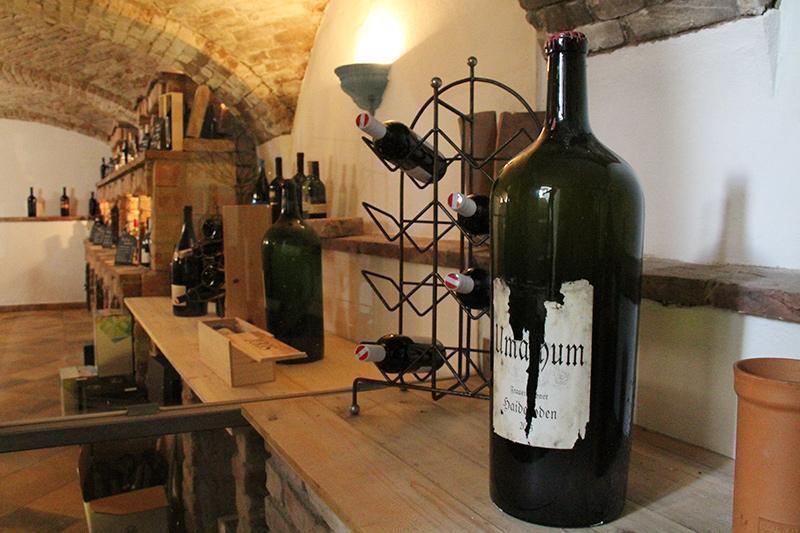 Umathum Magnumflasche in der Vinothek Landgasthaus Sittinger